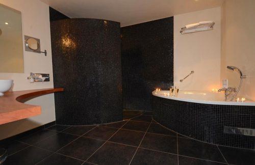 Hotelkamer Met Jacuzzi Pagina 2 Van 5 Jacuzzi Hotels In Nederland