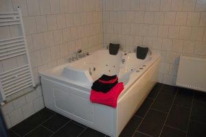 B&B met jacuzzi vlakbij Deventer - Bed en Breakfast Holten