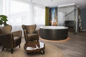 Van der Valk jacuzzi - New York Suite Hotel Akersloot