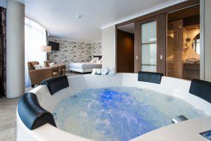 Whirlpool Suite in Van der Valk Almelo